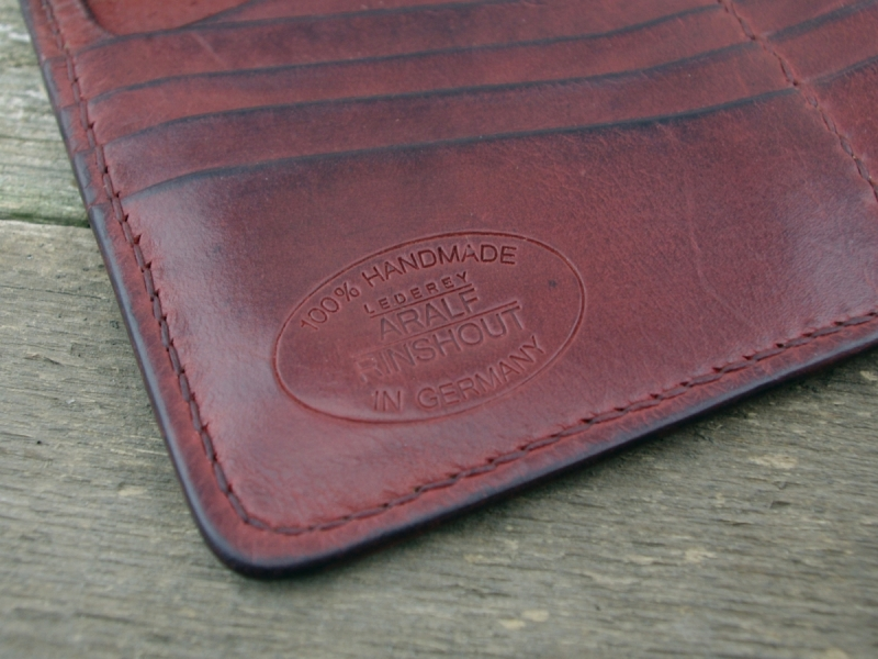 Classic Long Wallet (fire-red)